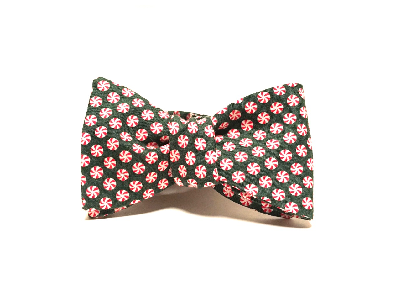 Photo of the green peppermint bow tie